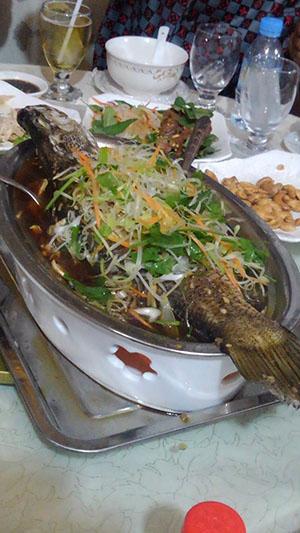 カンボジア 魚料理
